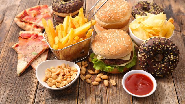 Beberapa Cara Agar tetap Sehat saat Konsumsi Makanan Cepat Saji